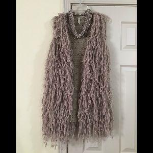Free Necklace with Woman's tan M/L leshop vest